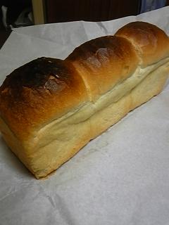 食パンあります。