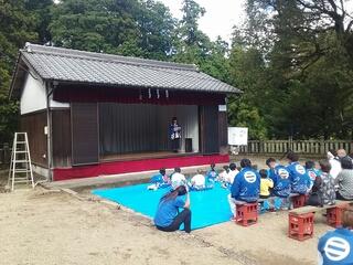 兵庫県多可町の神社にて